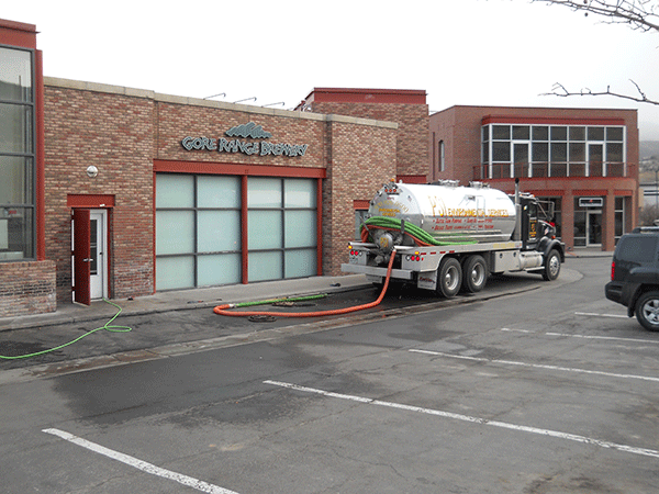 Pumping Grease Traps from Restaurant