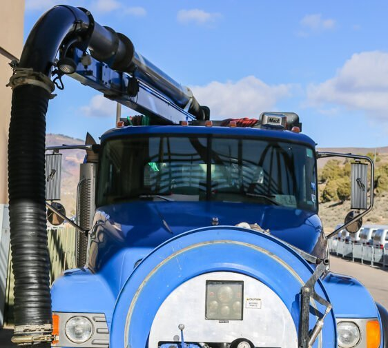 PSI Pumping Service Truck
